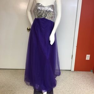 Dresses & Skirts - Strapless Sequin Top Purple Tulle Skirt Gown, L